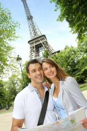 picture of couple traveling
